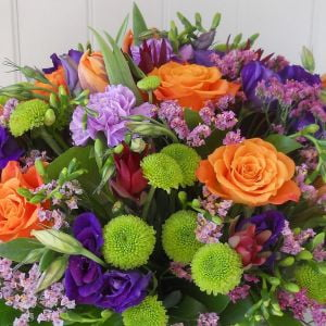 send bouquets with roses Ukraine 3